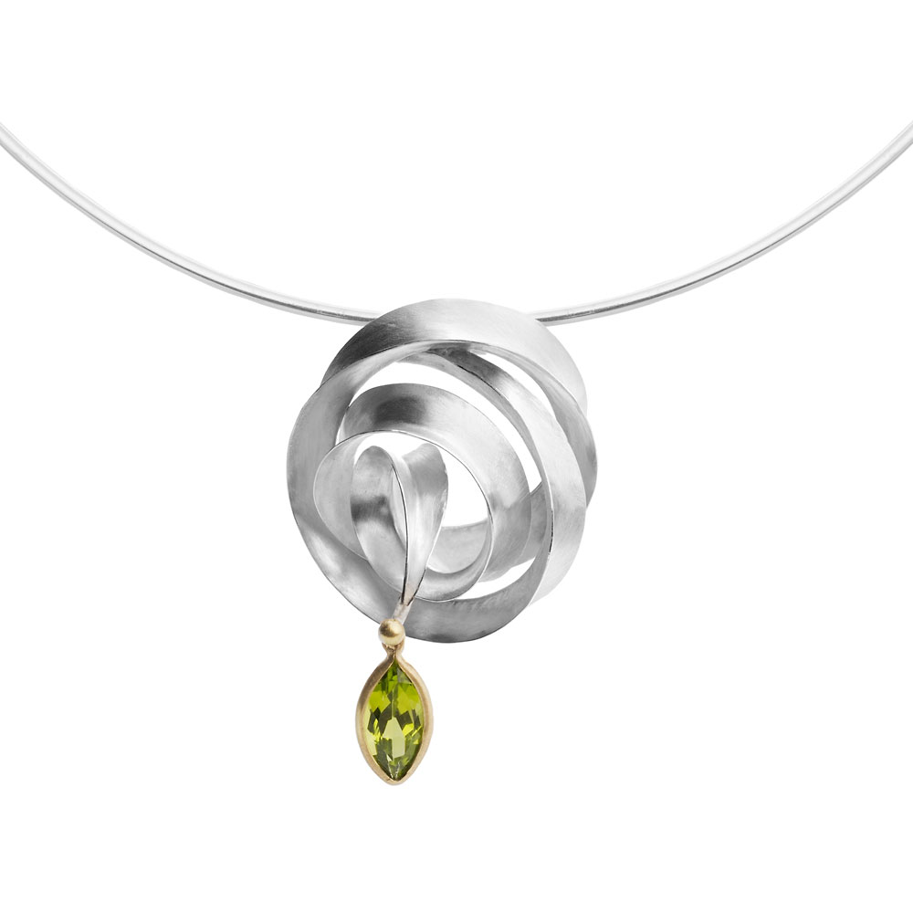 Anticlastic raised & forged silver neckpiece on silver wire, peridot set in 18ct yellow gold.